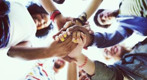 Cara Memperbaiki Hubungan Persahabatan yang Terasa Mulai Retak