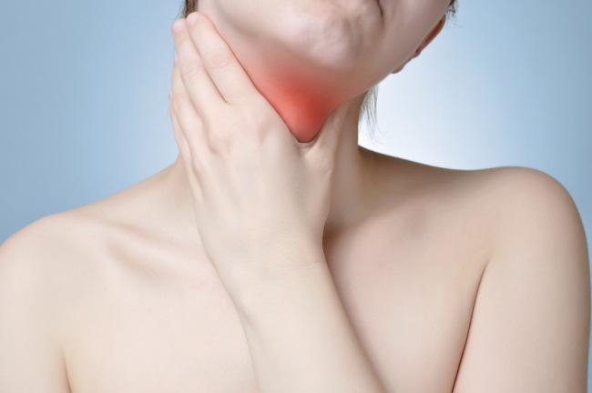 Cara Efektif Dalam Mengatasi Radang Tenggorokan